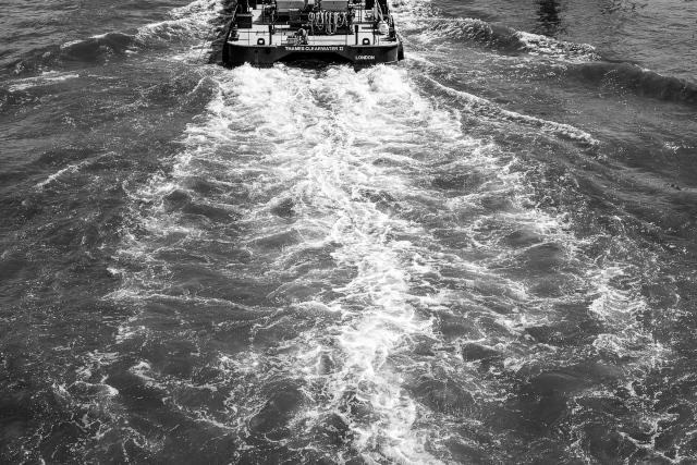 Thames Wake-1